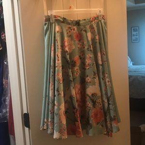 Gorgeous floral midi skirt